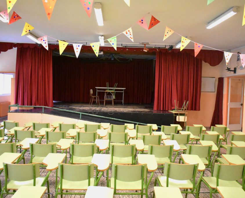 Salón de actos del colegio público Virgen del Cerro de Vallecas